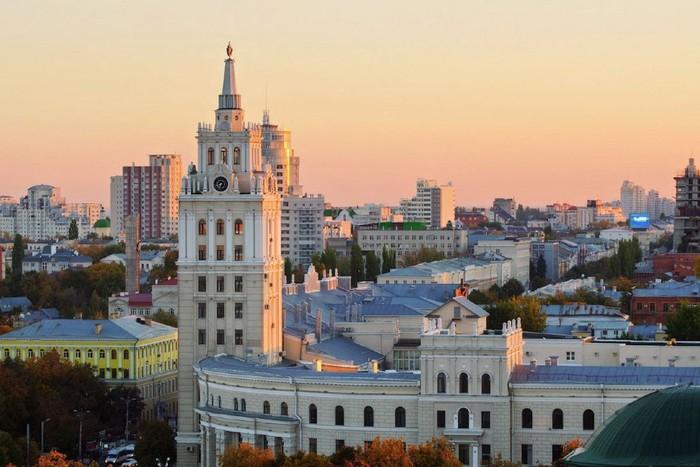 Воронеж: разработка дизайн-проектов реконструкции областного дома молодежи истанции юных натуралистов