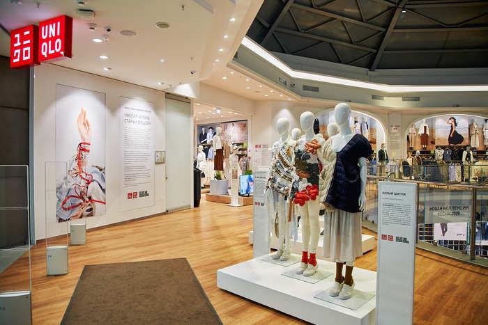 Выставка студентов направления «Мода» вАтриуме