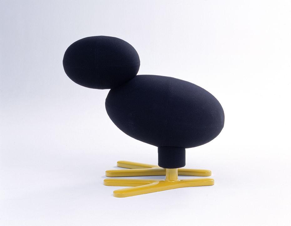 Кресло Tipi. Cмягкой обивкой тканью. Металлический каркас.2002
