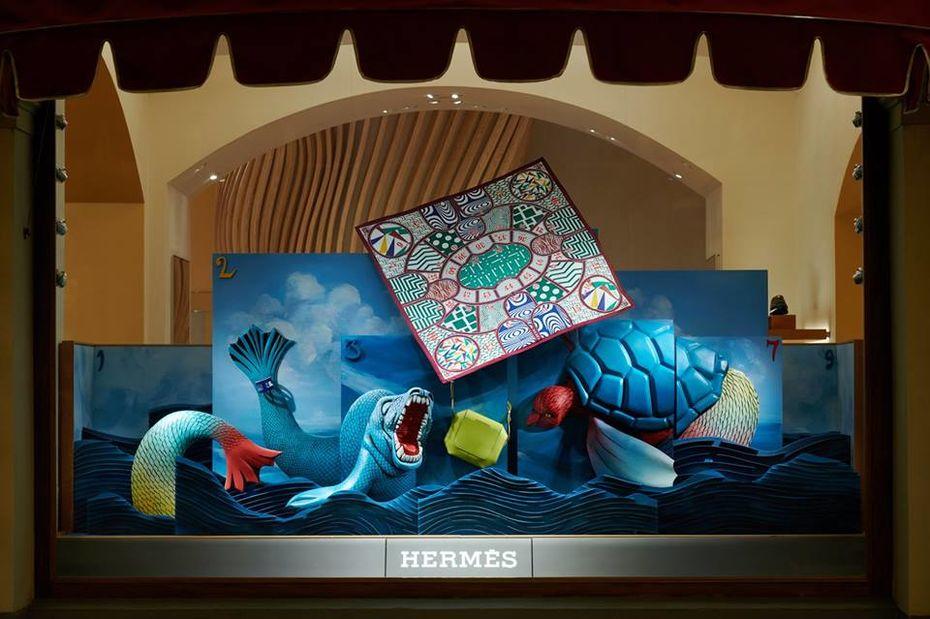 Дизайн семи витрин бутика Hermès вГУМе