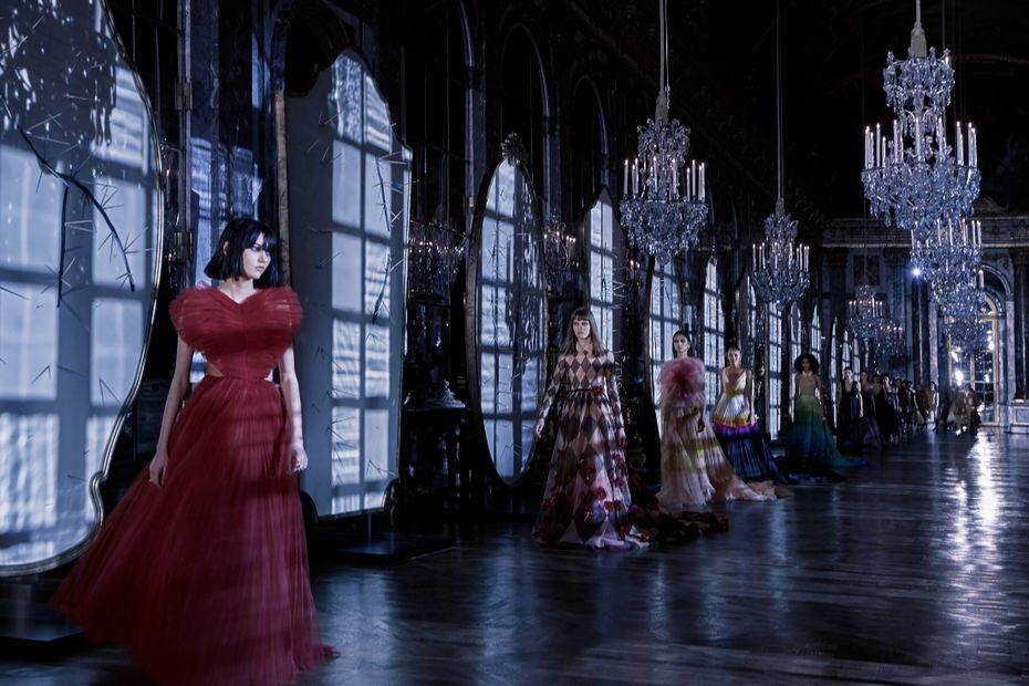 Российские студентки впервые примут участие в международной менторской программе обучения от дома Dior