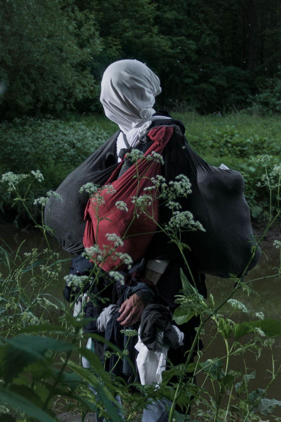 Андрей Вальмус. Slowing down toflowers, 2021